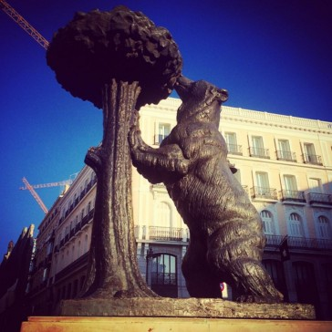 Bear and Tree Madrid