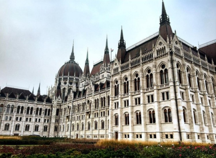Hungarian Parliament Building - Budapest.jpg