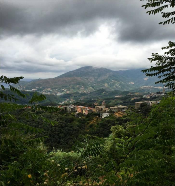 View from the Monterosso - Lavanto trail