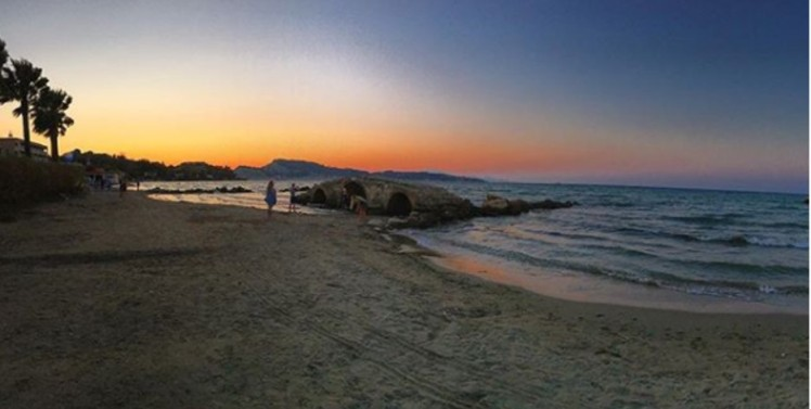 """The """"lazy beach"""" in Argassi"""