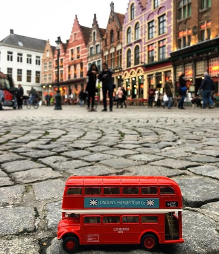 London Red Bus goes to Bruges