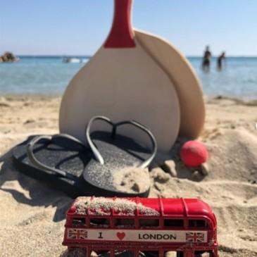 London Red bus in Corsica #FOMOist